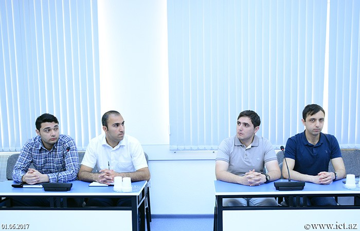 Institute of Information Technology of ANAS. The advantages of virtualization software were discussed