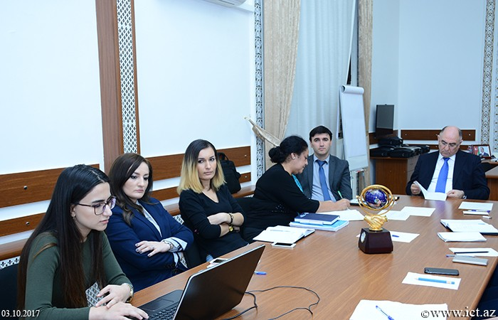 Presidium of ANAS.  The criteria for evaluating e-services in Azerbaijan are being researched