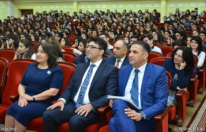 Bakı Dövlət Universiteti. BDU-nun 100 illik yubileyinə həsr olunan bilik yarışmasının qaliblərinin mükafatlandırma mərasimi