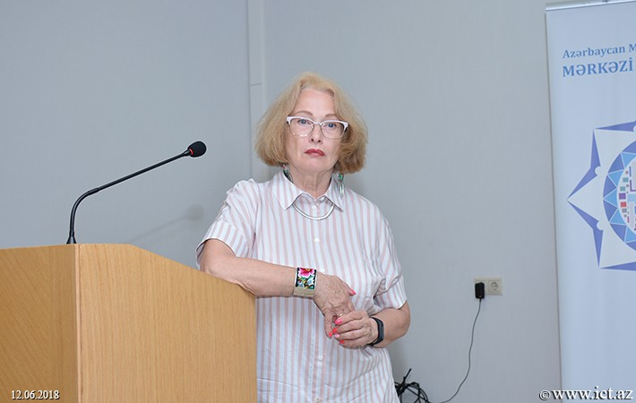 Центральная научная библиотека НАНА . Состоялась встреча с заместителем главного редактора газеты «Поиск»