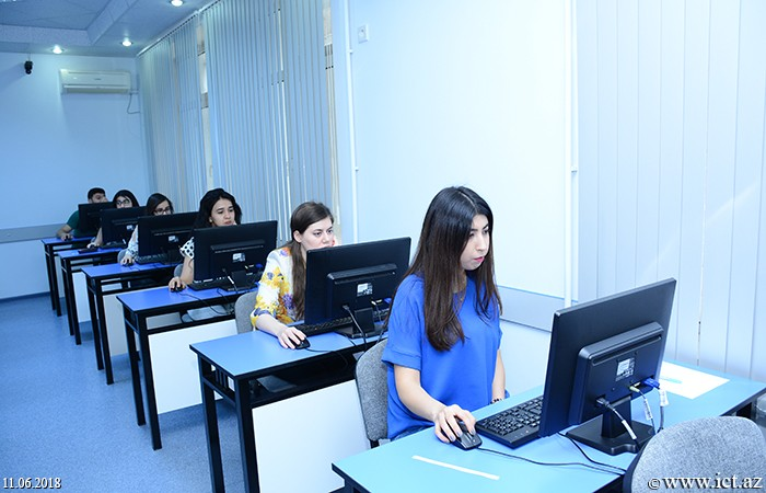 Институт информационных технологий НАНА. Магистранты НАНА сдали экзамены по педагогике