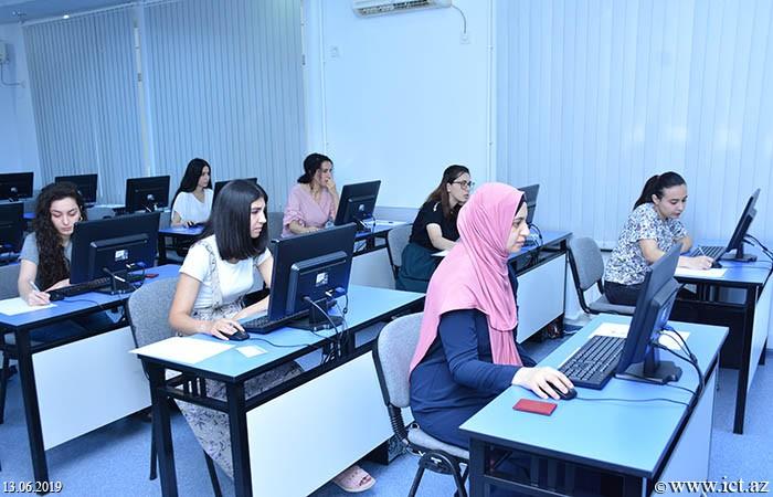 Институт информационных технологий НАНА. Магистранты НАНА сдали экзамены по психологии