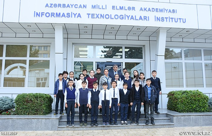 Institute of Information Technology of ANAS. Students of School 120 acquainted with the Institute of Information Technology