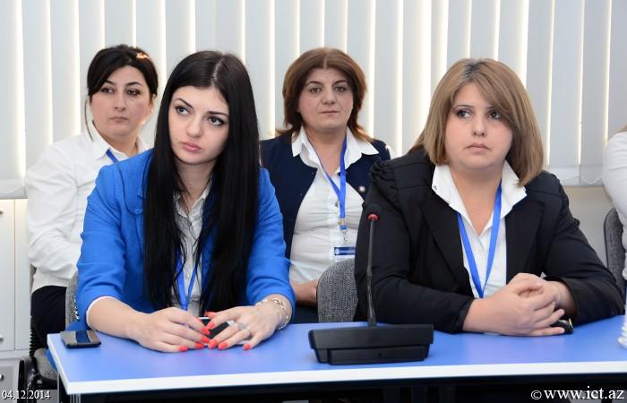 I Respublika elmi-praktik konfransı 3 paralel seksiya iclasında davam edib