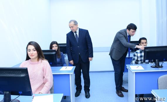 Fəlsəfə doktoru hazırlığı üçün ixtisas üzrə doktoranturaya qəbul imtahanı keçirildi