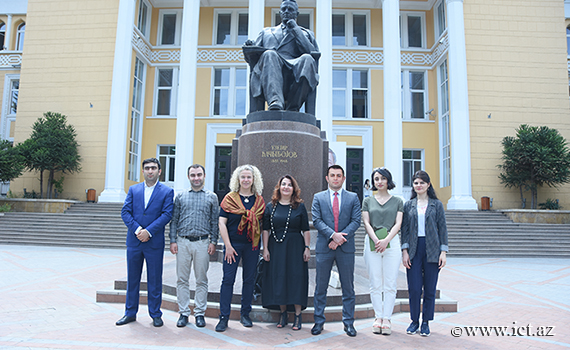 Senior manager for International Liaisons visited  Baku Academy of Music