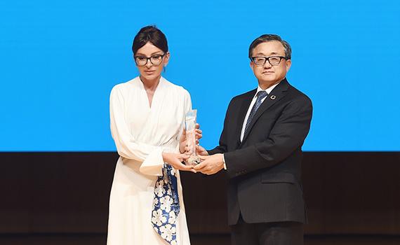 Первому вице-президенту Мехрибан Алиевой вручена специальная премия ООН за развитие в нашей стране государственных услуг с внедрением цифрового управления