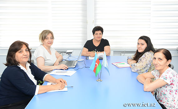 Problems in the design of domain names with the Azerbaijani alphabet on the Internet discussed