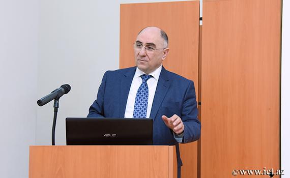 "Academician Rasim Alguliyev: "" Establishment of E-Science Center is necessary"""