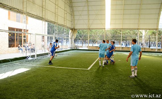 İnstitutun komandası futbol üzrə Spartakiadada qrupun ikinci oyununda qalib gəlib