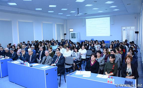 İnstitut əməkdaşlarının mükafatları kollektivə təqdim edildi