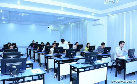 AMEA magistrantlarının fəlsəfə fənni üzrə semestr imtahanı keçirildi