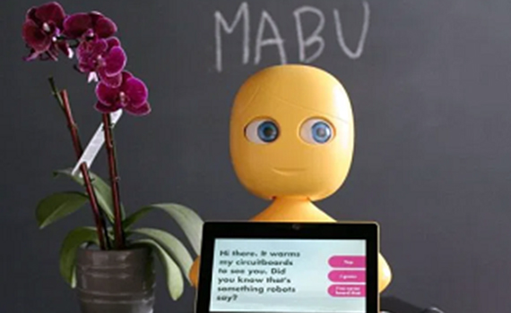 Mabu home robot will control medication