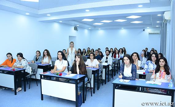 В Институте информационных технологий НАНА стартовал учебный год магистрантов
