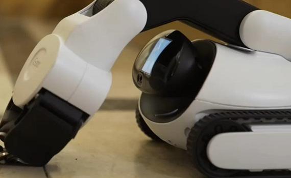 """""""Facebook""""un ikimərhələli süni intellekti robota dörd saat ərzində predmetləri manipulyasiya etməyi öyrədib"""
