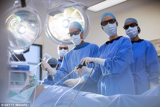 3D glasses have been adopted by Polish heart surgeons