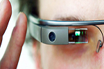 """""""Google Glass"""" eynəyi gözdən əlillərə şəhərdə səmti müəyyən etməyə kömək edəcək"""