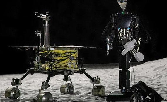 In Russia, they will create assistant robots for astronauts on the moon