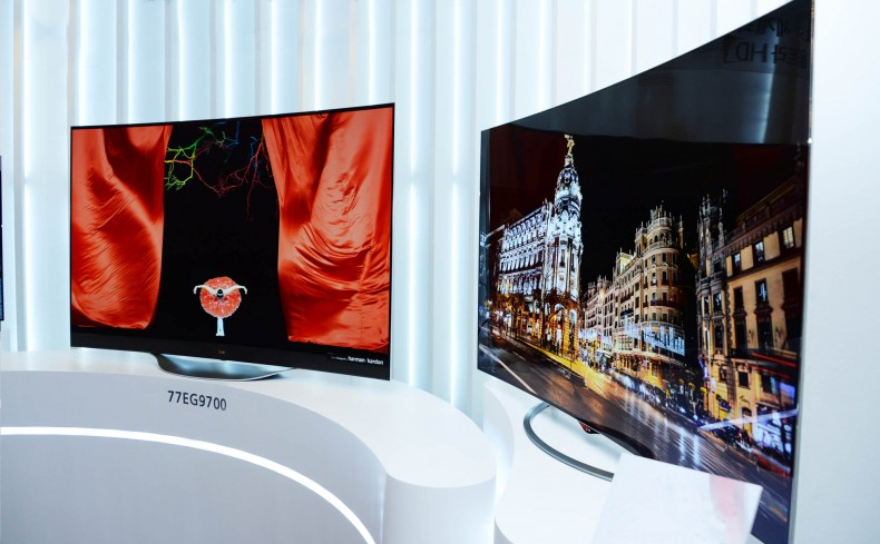 Smartfondan nazik televizor istehsal olunub