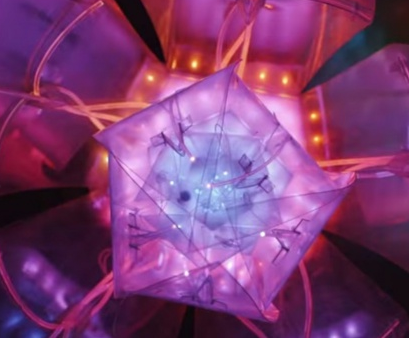 Neuroflowers – Illumino-kinetic flowers to control your mind and heart