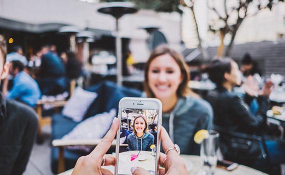 Smartfon vasitəsilə psixi pozuntunu aşkar etmək mümkündür