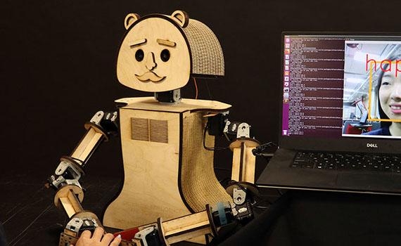 Robotlar emosiyaları 98% dəqiqliklə tanımağı öyrənib