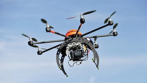 Dronların əsas vəzifəsi insanlar üçün potensial təhlükəli missiyaları yerinə yetirməkdir