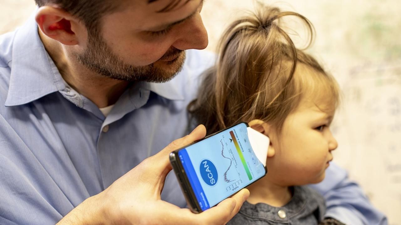 Мобильные телефоны научили диагностировать ушные инфекции