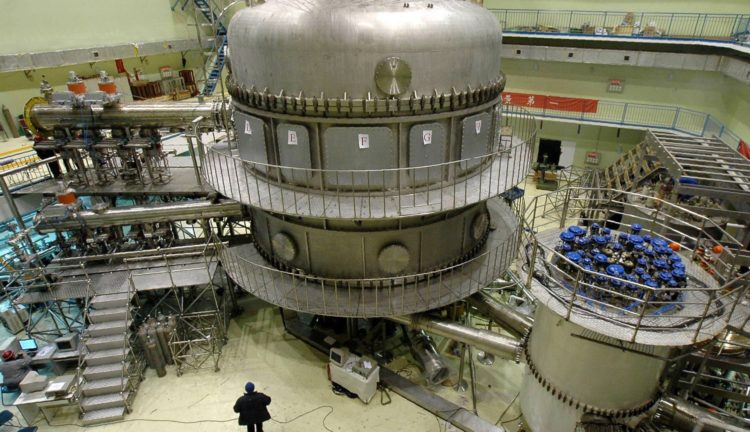 """China will complete the construction of """"artificial sun"""" this year"""