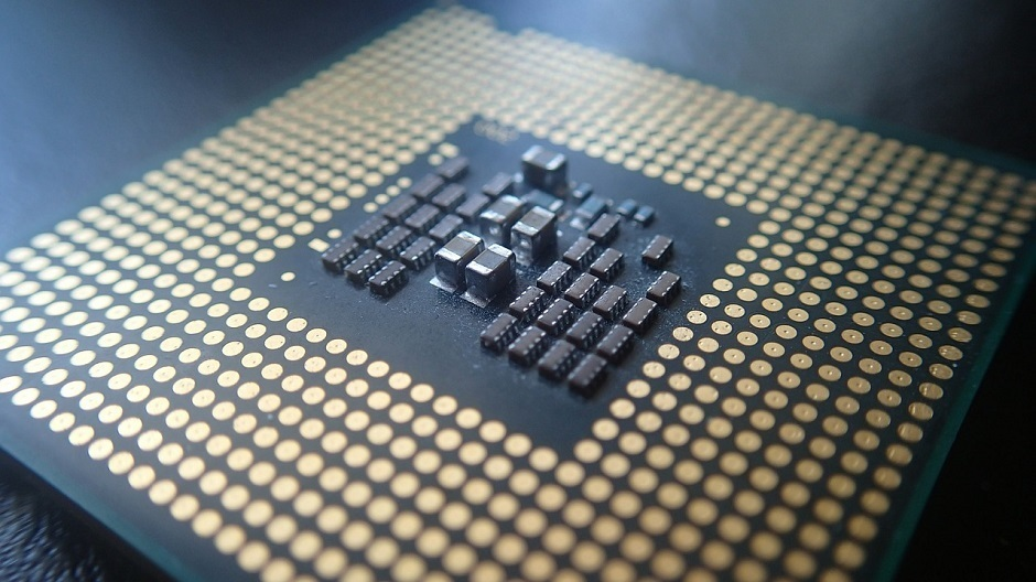 Intel introduced the first architecture of 3D-chips