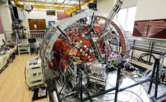 Американские физики запустили «мини-Солнце» в лаборатории