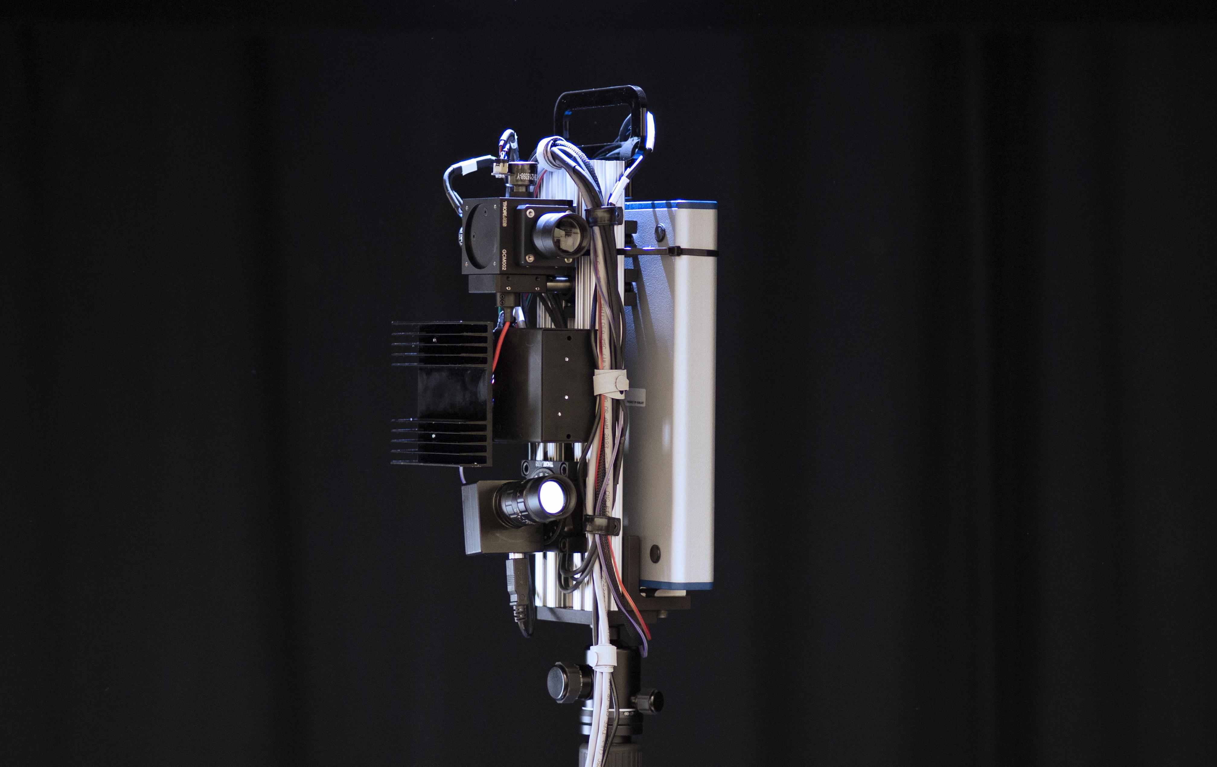 Yüksək sürətli və keyfiyyətli 3D-kamera hazırlanıb