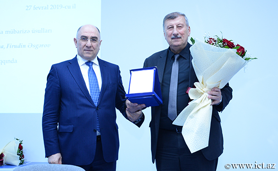 Assistant Director of the Institute Mahmud Valibayov awarded Honorary Certificate