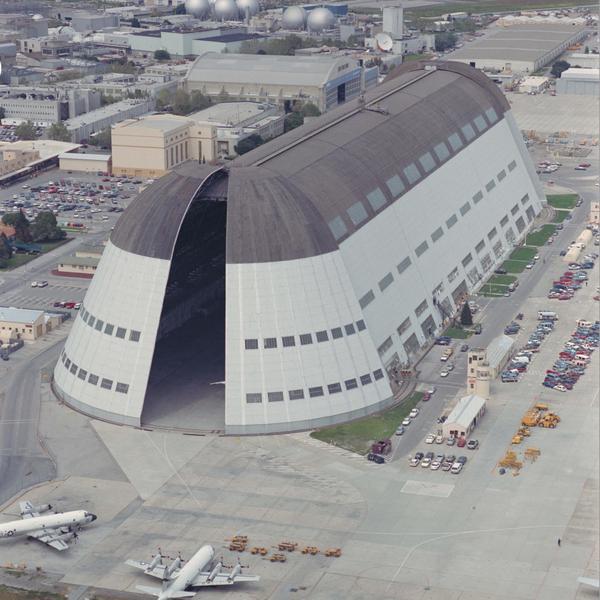 """""""Google"""" NASA-nın aerodromunu icarəyə götürür"""