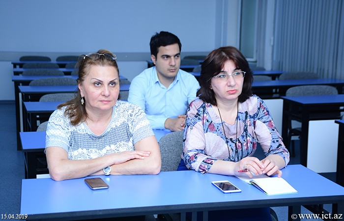 ,Discussion of student assessment methods in the classes by application of intellectual games