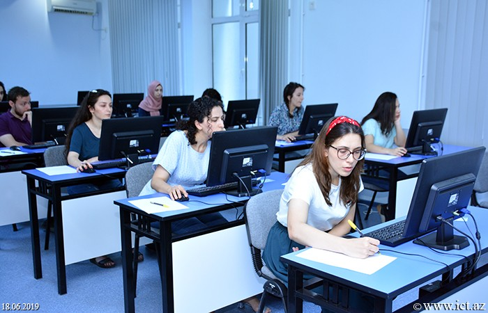 ,Master's students of ANAS have passed examination in philosophy