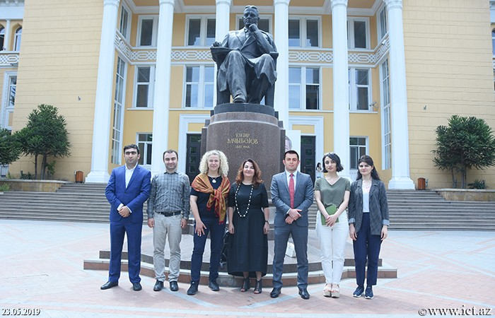 ,Senior manager for International Liaisons visited  Baku Academy of Music