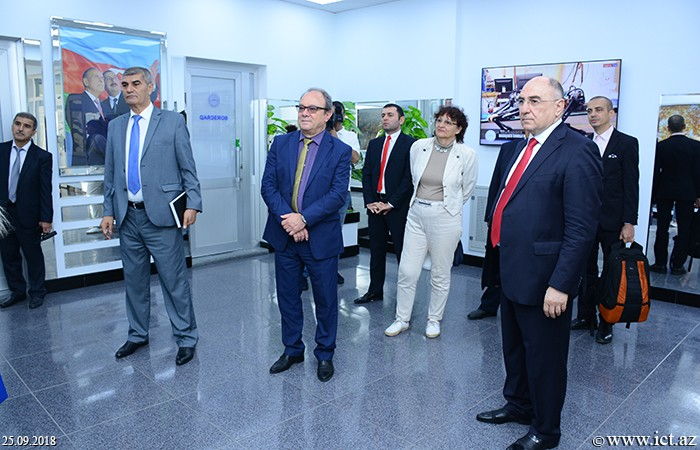 ,Chairman of the Bulgarian Academy of Sciences got acquainted with the Institute of Information Technology