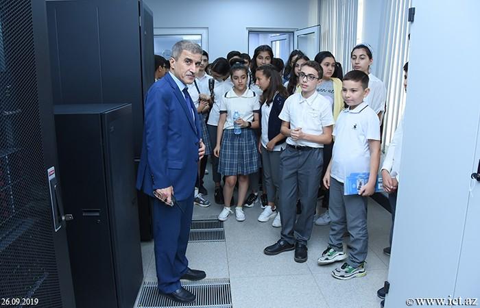 ,В Институте информационных технологий состоялась встреча с учащимися Бакинского европейского лицея