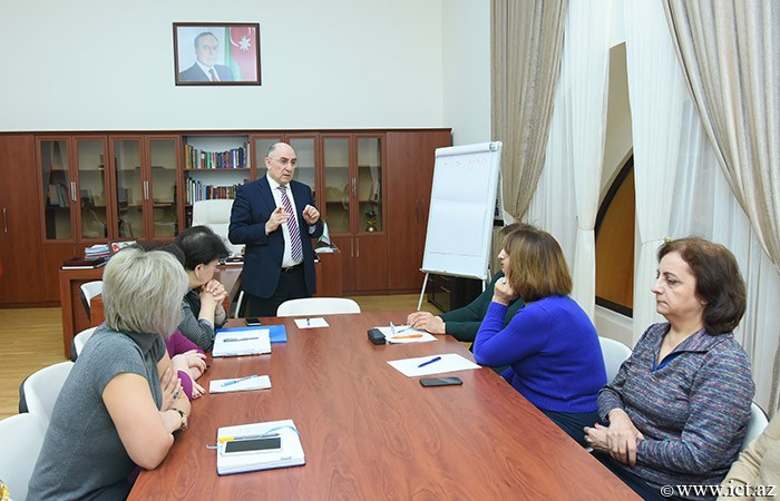 Models on the influence of the information society to medical personnel formation will be developed