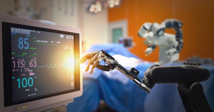Запущены роботы, заменяющие медицинский персонал