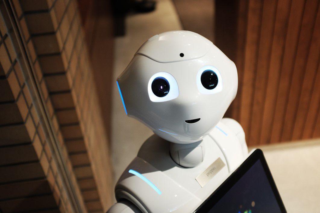 Çinlilər robot-həmkarlarına insanlardan daha çox etibar edirlər