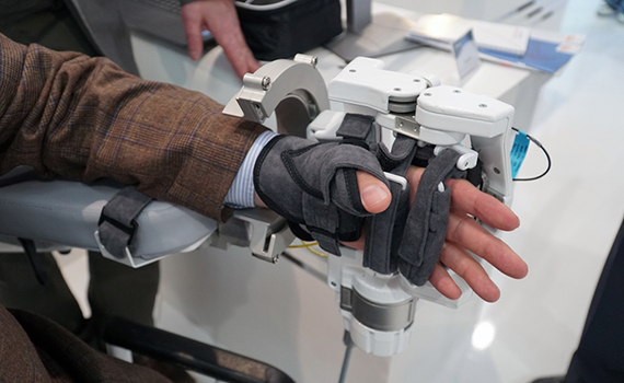 Exo-gloves will restore the ability of the hand