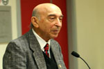Dünya şöhrətli alim Lütfi Zadənin 93 yaşı tamam olur
